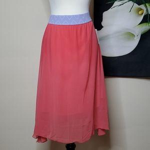 NWT LuLaRoe Lola Layered Skirt